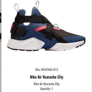 Nike Huarache City, Size 7.5